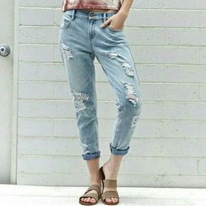 Bullhead Skinny Boyfriend Distressed Jeans